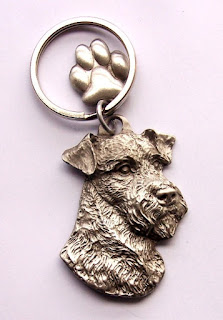 Airedale Terrier Keyring Gifts UK