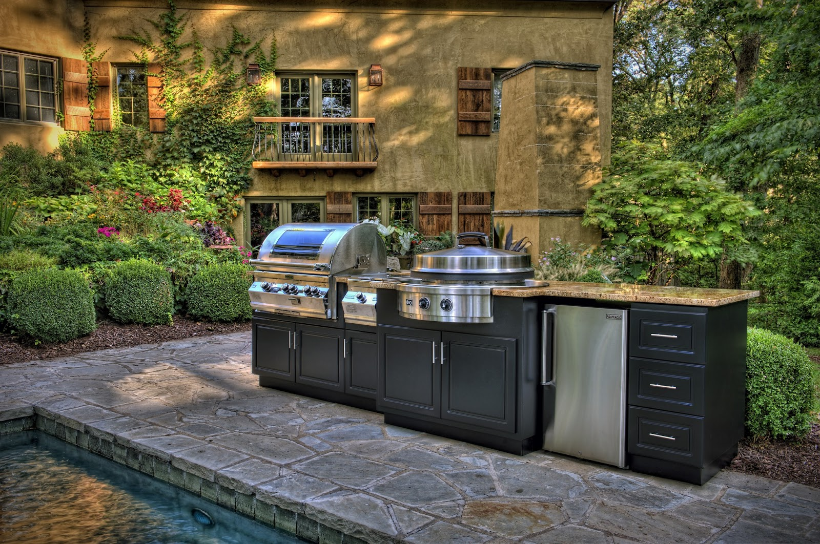Mode concrete luxury outdoor kitchen importers for Luxury outdoor kitchen