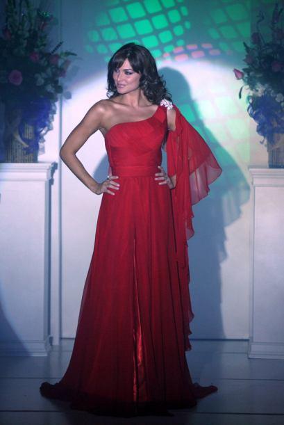 Įvertink suknelę - Page 2 Eva-luna-modelo