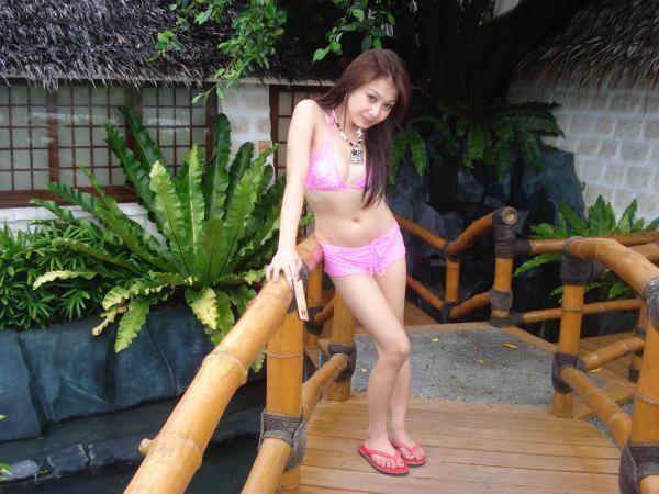hot bikini girls of asia 03
