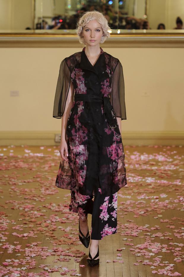 Yuna Yang Spring 2016 New York fashion week : Cool Chic Style Fashion