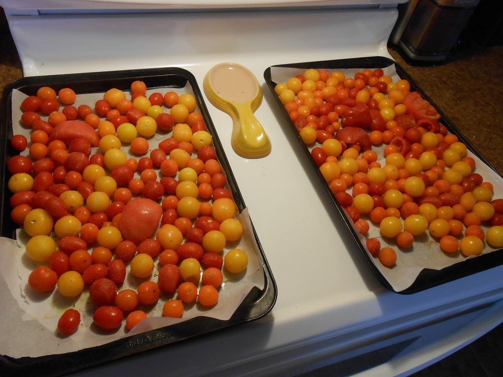 eat cook and love sauce cr meuse aux tomates cerises r ties au four. Black Bedroom Furniture Sets. Home Design Ideas