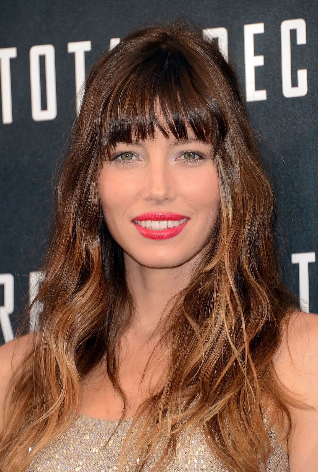 journal dune beauty paresseuse nouvelle obsession capillaire les cheveux de jessica biel sa frange son ombr hair je veux les mmes - Coloration Jean Louis David