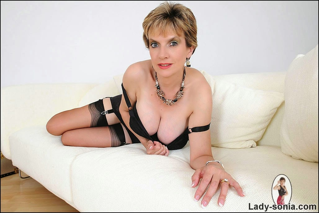 Mature black lingerie