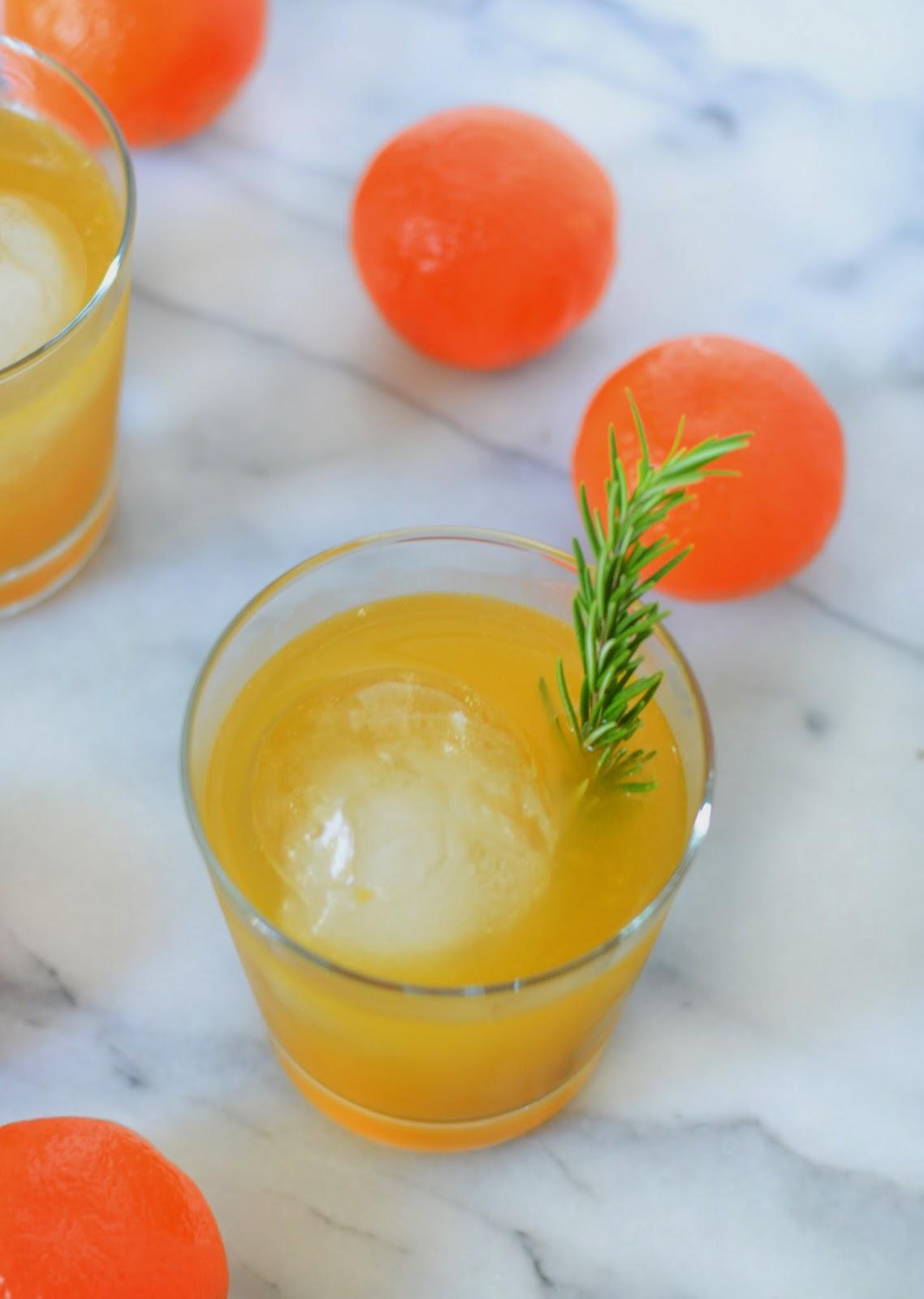 Tangerine + Rosemary Neapolitan Recipe   Whiskey Cocktail   Luci's ...
