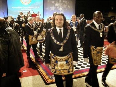 Главный масон России хочет стать алтайским депутатом?
