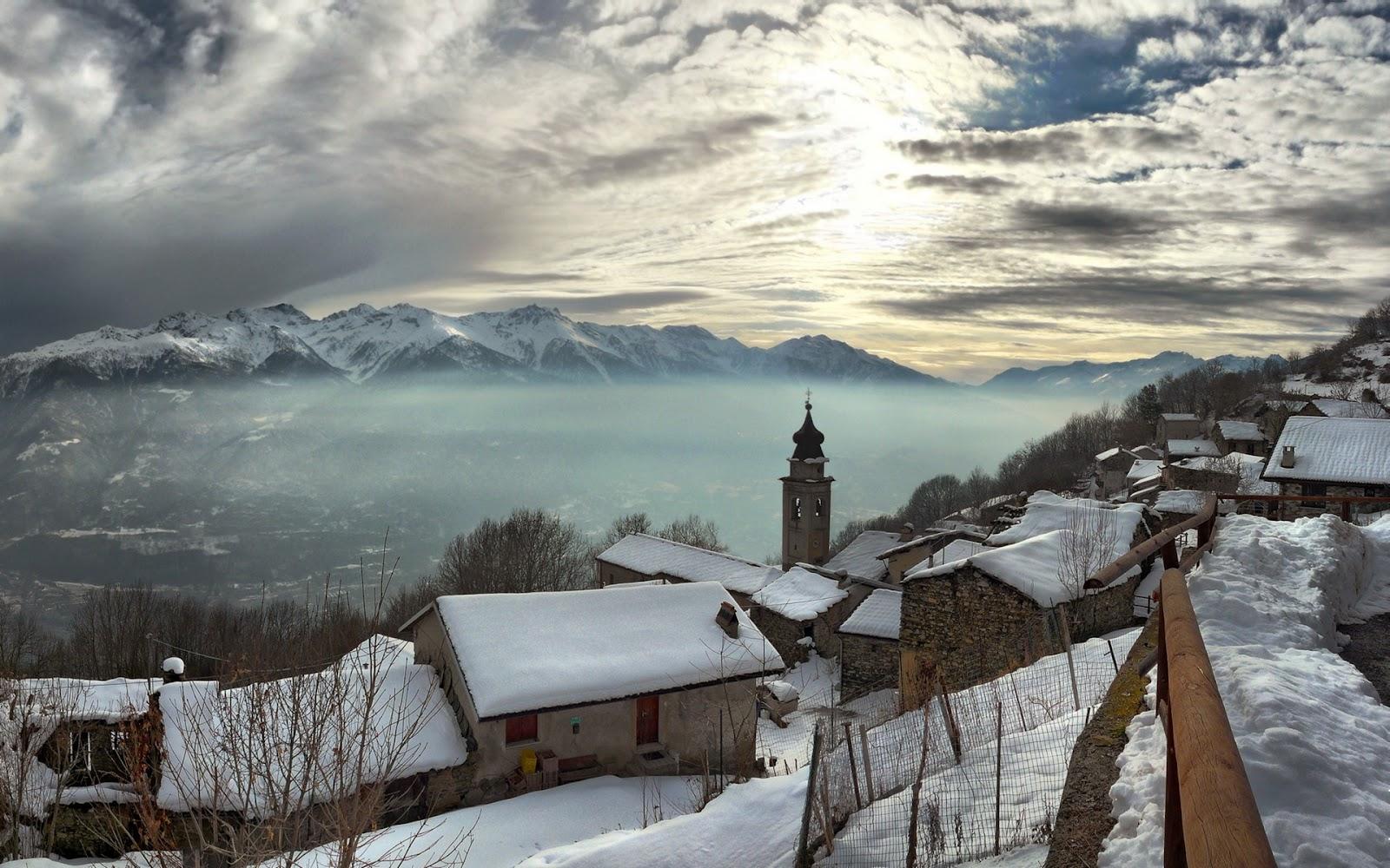 http://2.bp.blogspot.com/-bVs1c6pFnRg/T0UiMDjfvUI/AAAAAAAAA3I/r10iw8QDb1Y/s1600/Snow+Houses+in+himalayas+HD+wallpaper.jpg