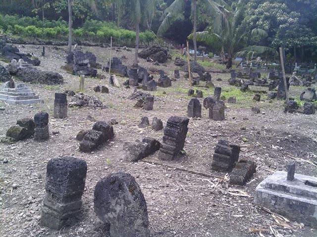 Kompleks Makam Imanang Desa Pamboqborang Majene