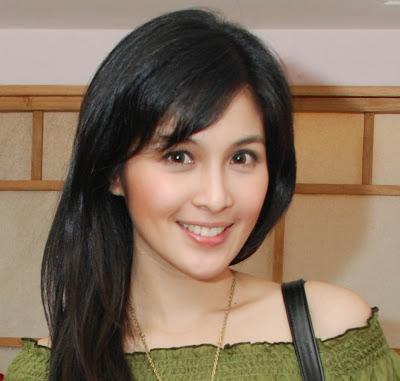 Foto Sandra Dewi on Free Wallpapers Sandra Dewi Sandra Dewi Photo ...
