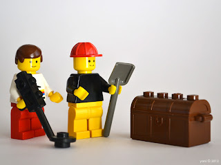 lego gay lovestory - buried treasure