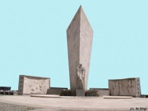 http://2.bp.blogspot.com/-bW3dsCQMWXs/UiM1sH7kISI/AAAAAAAAQgI/I51eTIEukYo/s1600/Calvo+Sotelo,+Monumento.jpg