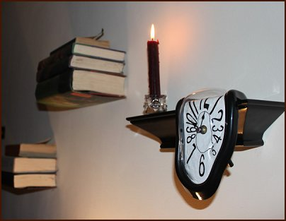 Melting Clock Fun Decorative Addition To The Harry Potter Bedroom