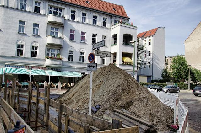 Baustelle Rathausstraße / Dottistraße, 10367 Berlin, 19.06.2013