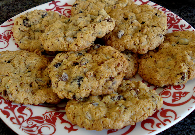Simple Pleasures: Chocolate, Cherry, and Pecan Oatmeal Cookies