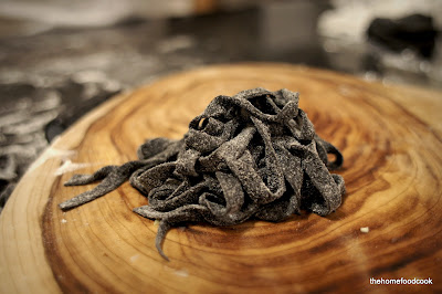 thehomefoodcook - squid ink pasta