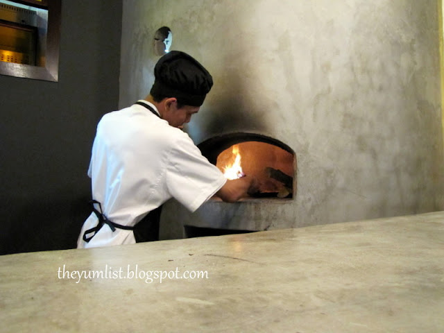 Delucca Italian Restaurant, Changkat Bukit Bintang, Best pizza in KL, wood fired oven