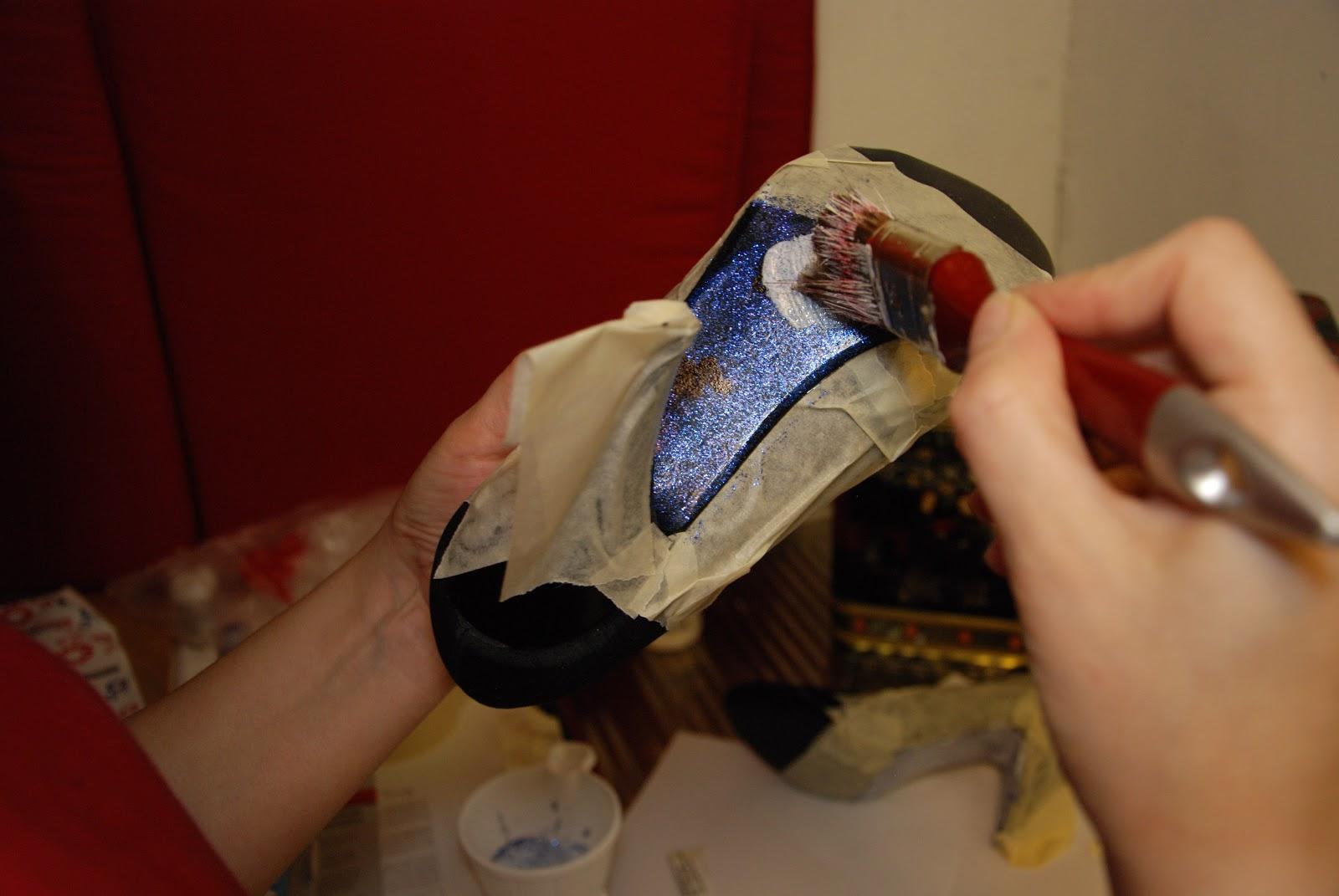 göra glittriga skor
