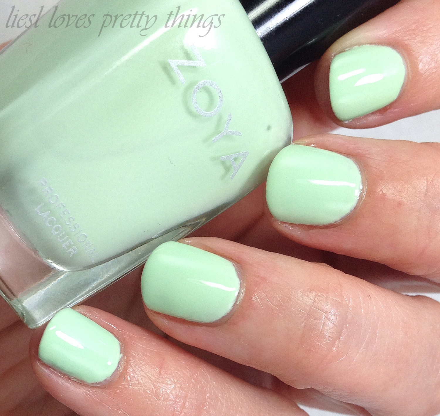 Zoya Tiana swatch and review-- Delight 2015