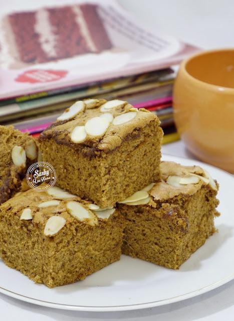 Ontbijtkoek cake khas dari negeri Belanda