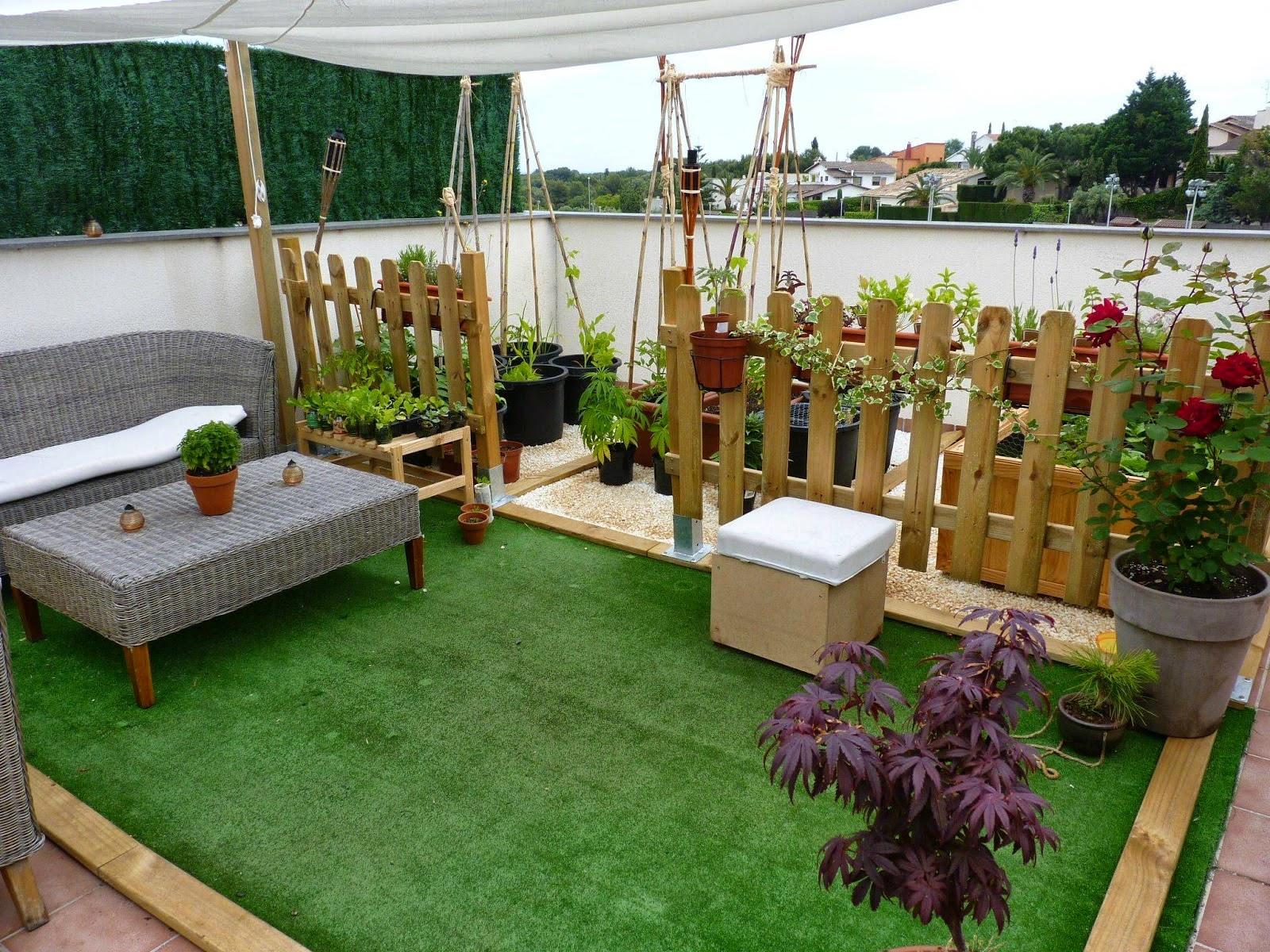 Consejos para decorar jardines en terrazas y balcones for Piletas para jardines pequenos