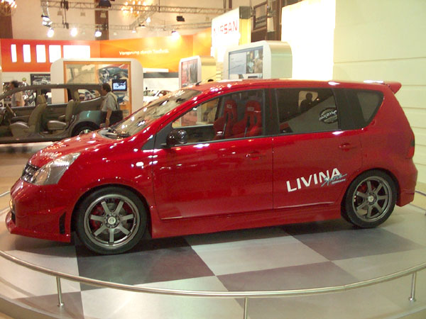 Nissan Grand Livina
