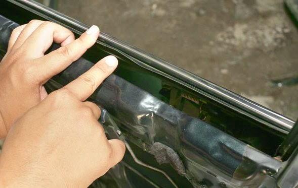 karet kaca mobil