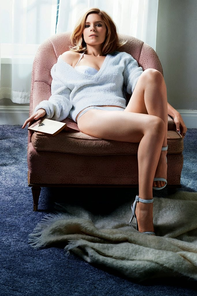 Kate Mara's sexy legs and feet in strappy high heels