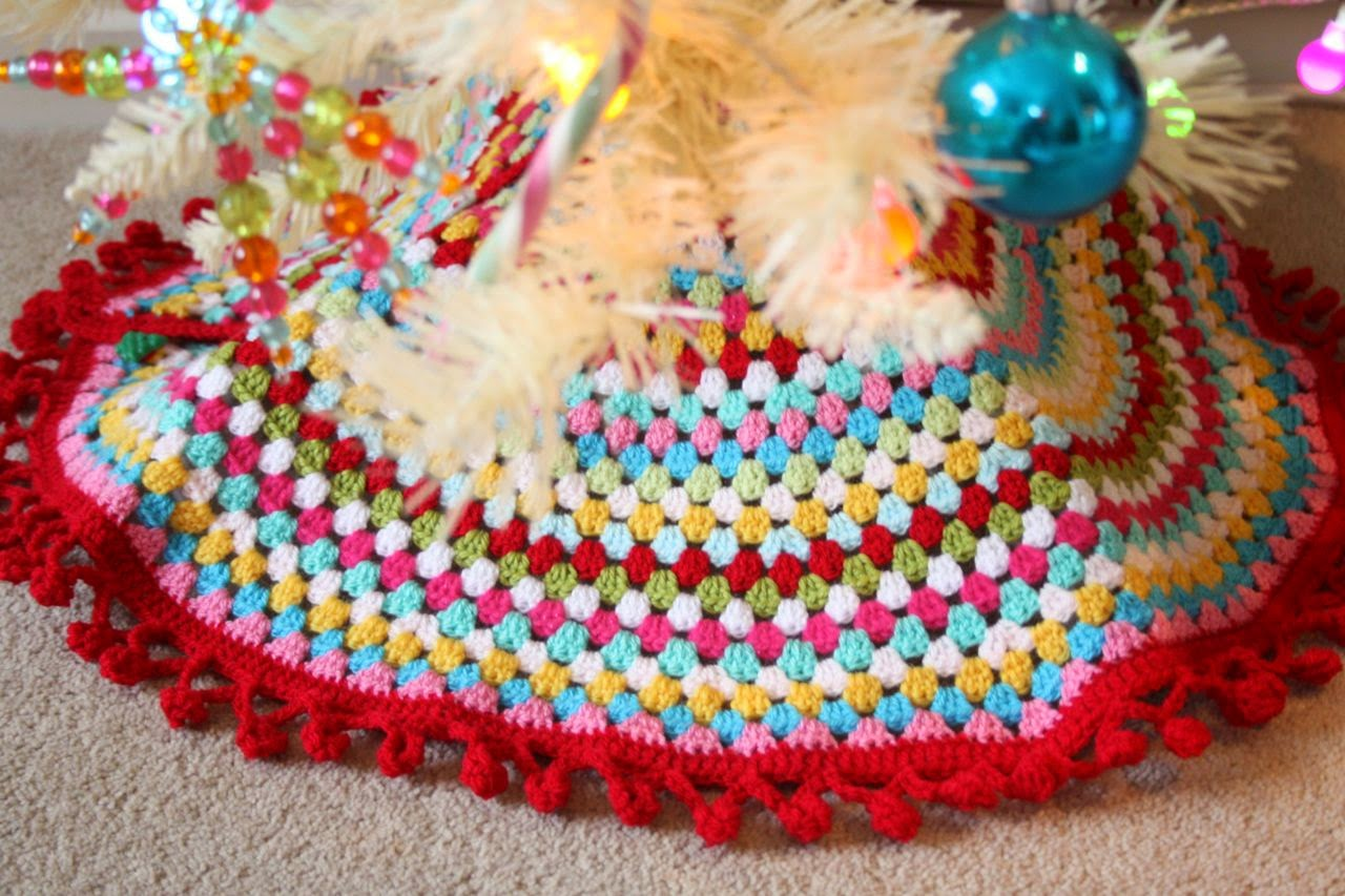 Free Crochet Tree Skirt Pattern Custom Decorating Design