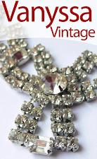 Te astept si pe Vanyssa Vintage Bijuu (Blog  Personal cu Bijuterii Vintage) - Click pe Fotografie