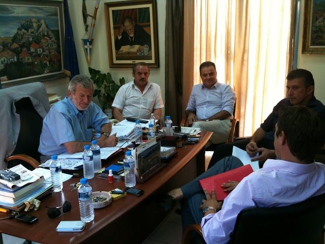 Επίσκεψη Γκούμα στο Δημαρχείο Τριφυλίας