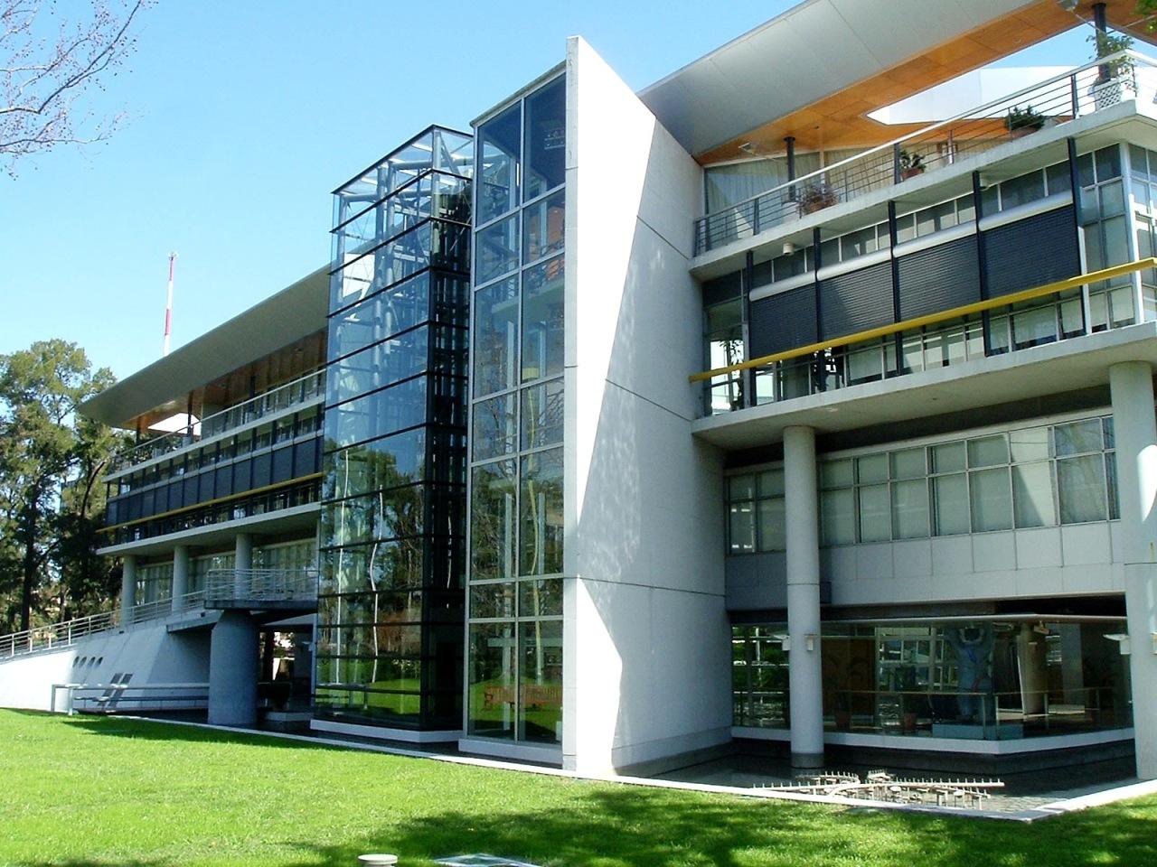 Sede de SEX en Brasil - Página 2 Edificios_modernos3