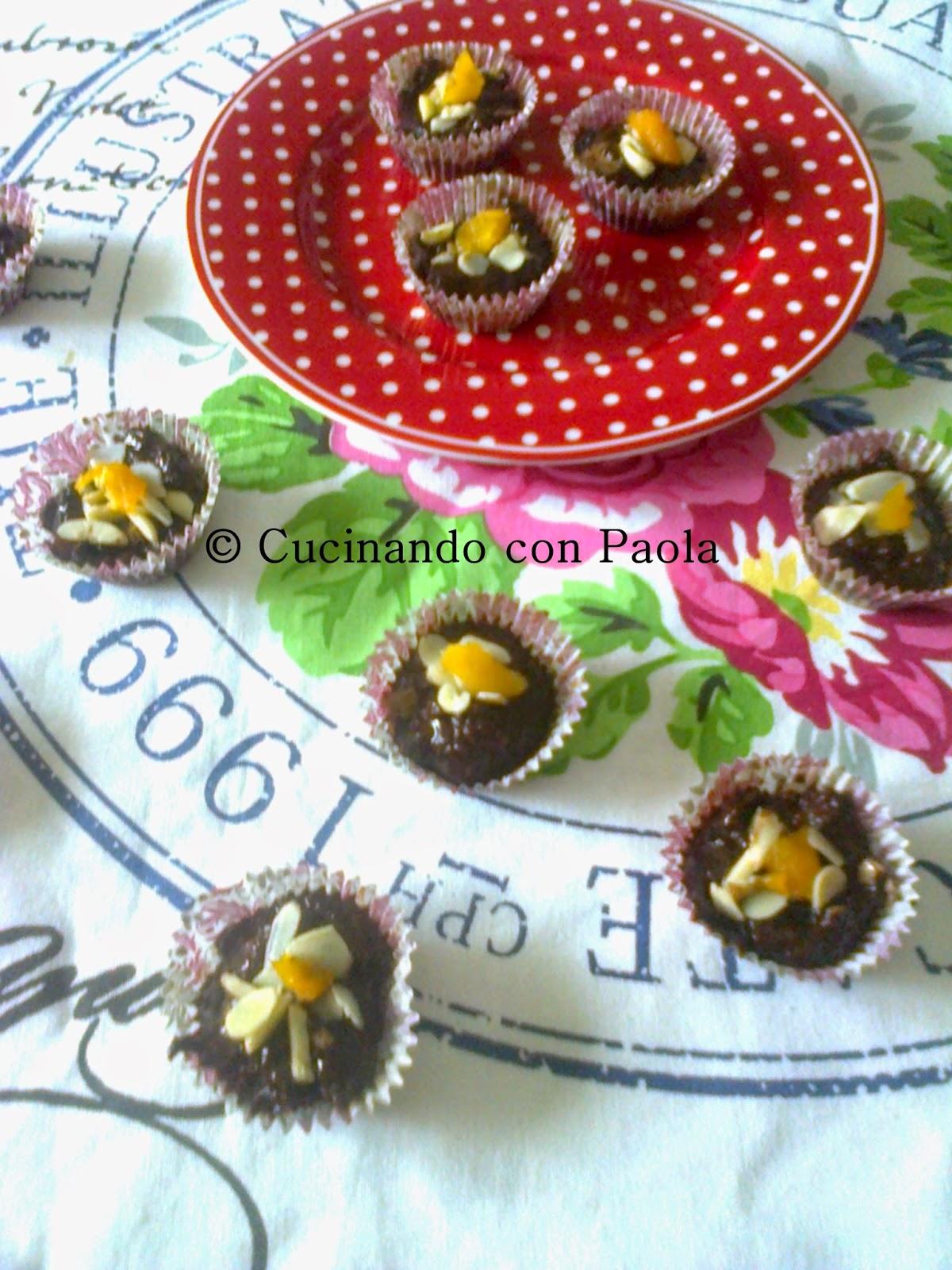 cioccolatini di albicocche e mandorle