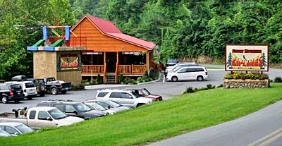 Party house for groups at Smoky Mountain Ziplines