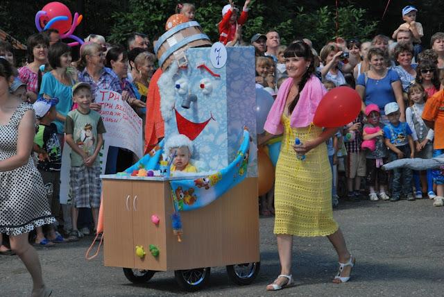 Парад колясок в Лысьве