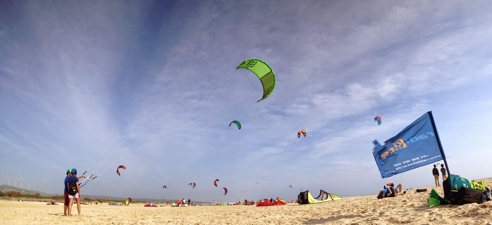 Cursos de KiteSurf en Tarifa con Radikite