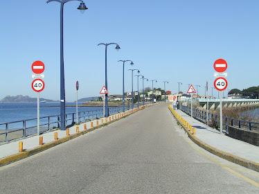 UNA ISLA PRIVADA (Isla de Toralla en Vigo)... EDIFICADA SIN FRENTE A VIAL PÚBLICO.