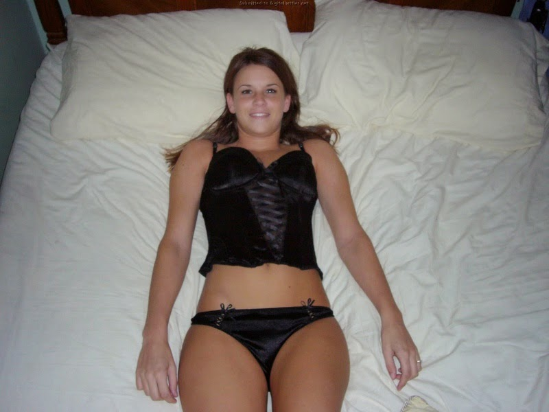 Ventura Hot young wife looking for casual sex