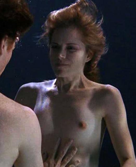 Brenda sex show in a strange landscape 1