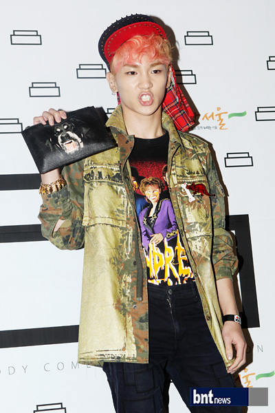 Shinee Key at pushBUTTON ss '13 Seoul Fashion Week 121024