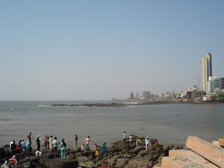 banned on women entering haji ali dargah - mumbai