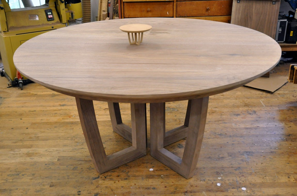 Dorset custom furniture a woodworkers photo journal for Circular dining table