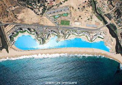 bassein 0010 أكبر و أنقى حمام سباحة في العالم بتكليف خمسة بلاين جنية استرليني  في تشيلي