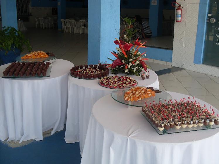 Mesa de doces - Festa de 50 anos / Churrasco