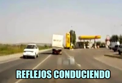conducir-reflejos-coche-enfrente