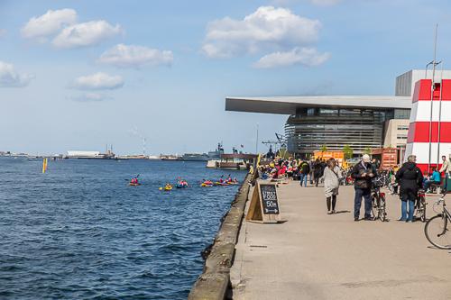 Amalie loves Denmark Städtereise Kopenhagen mit Kindern - am Hafen