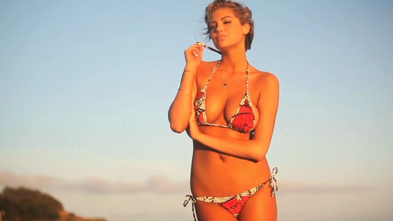Kate Upton hot in new breaking video of SI photo 7