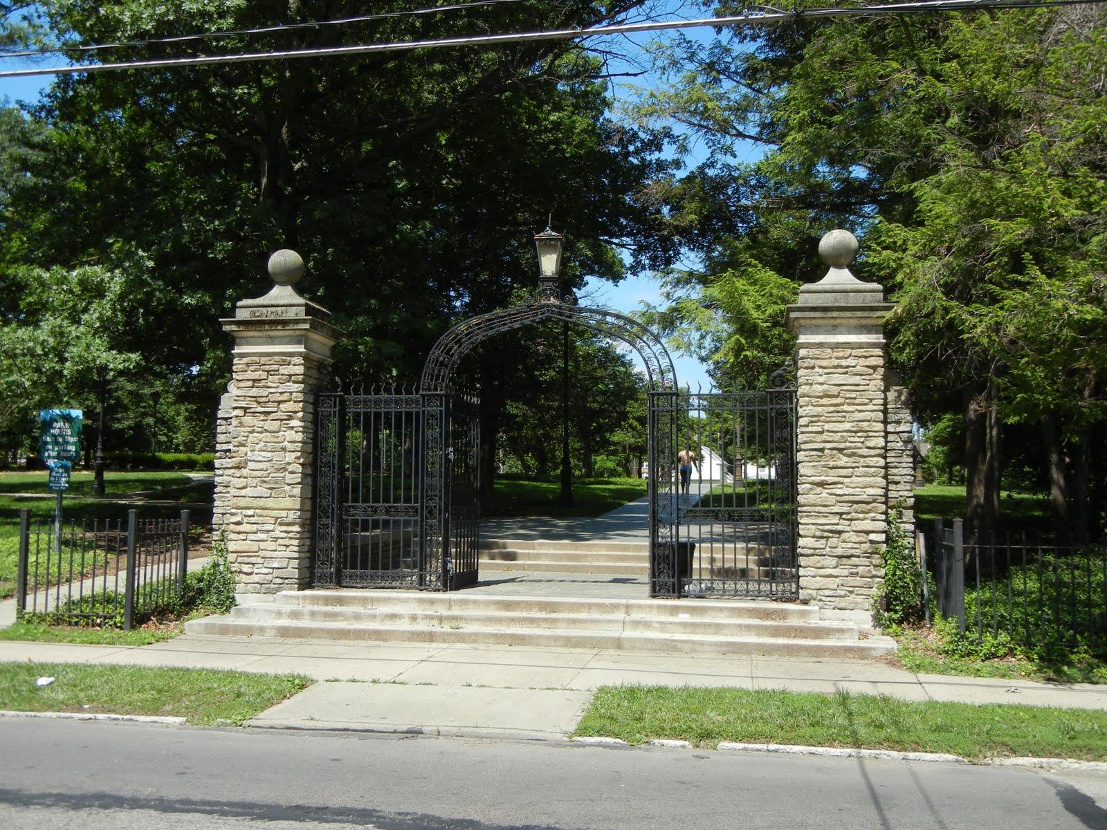 queen city tour  fleischmann gardens