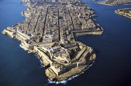 Notre vie de voyageurs malte la valette sa capitale for Plan de malte