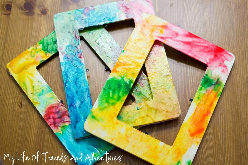 Finger Paint Picture Frames | Munchkins and Mayhem