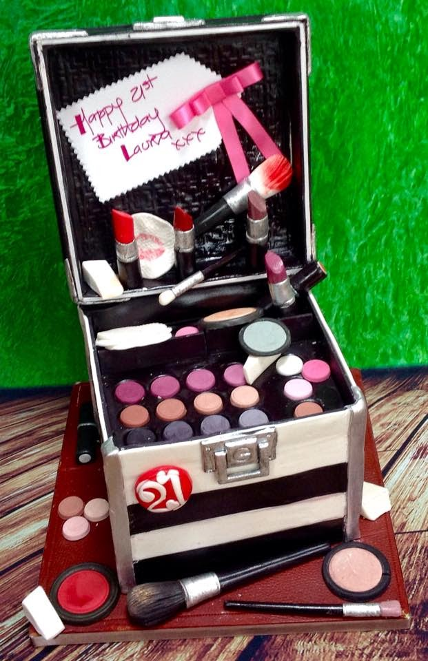 Birthday Cake For Makeup Artist Image Inspiration of Cake and